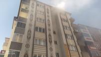 Türkeli'de Apartmanda Çıkan Yangın Korkuttu