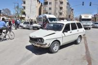 Elbistan'da Trafik Kazası Açıklaması 3 Yaralı
