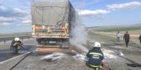 Konya'da Tırın Dorsesinde Çıkan Yangın Büyümeden Söndürüldü