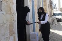 Mardin'de Suriyeli İhtiyaç Sahibi Ailelere Gıda Ve Temizlik Malzemesi Dağıtıldı