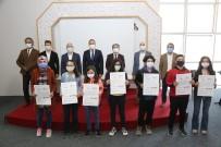 Niğde Belediye Başkanı Özdemir Pandemide Öğrencilerin Yanında