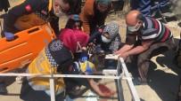 Oyun Oynarken Üzerine Demir Askılık Düştü, Kanca Kafasına Saplandı