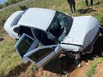 Şanlıurfa'da Otomobil Şarampole Devrildi Açıklaması 5 Yaralı