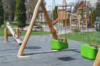 23 Nisan'da Neşeli Çocuk Seslerinin Yerini Kuş Cıvıltıları Aldı
