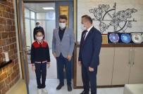 23 Nisanda Başkan Koltuğuna Oturdu Okulun Eksiklerini Tamamladı