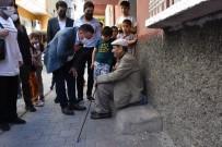 Başkan Beyoğlu, Kısıtlamada Da Ev Ziyaretlerini Sürdürüyor