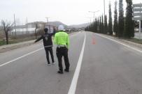 Beyşehir'de Sokağa Çıkma Kısıtlamasını İhlal Eden 6 Kişiye Ceza