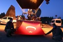 Kapadokya'da Balonlar Türk Bayrakları Ve Atatürk Posterleriyle Havalandı