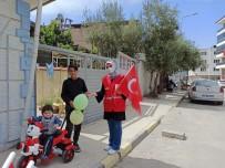 Kızılay Alaşehir'de De Çocukları Sevindirdi
