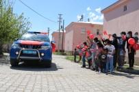 Mehmetçik'ten Köy Çocuklarına Bayram Sürprizi, Gören Koştu