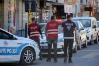 Karantinada Olması Gereken 5 Kişi HES Kodu Sorgulamasıyla Sokakta Yakalandı