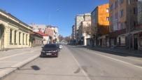 Kars'ta Sokaklar Boş Kaldı