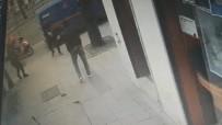 (Özel) Beyoğlu'nda Silahlı Çatışma Sonrası Yaşanan Hareketli Anlar Kamerada