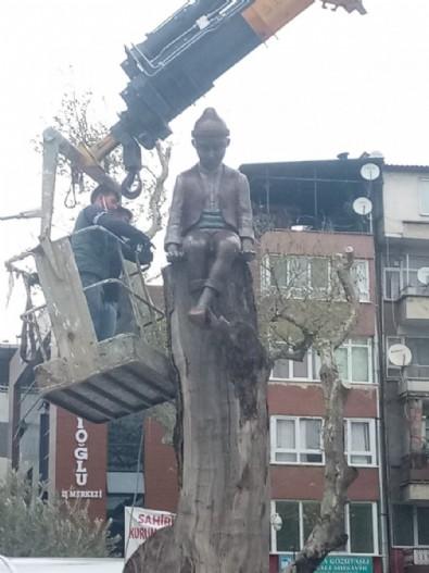 CHP'li Gemlik Belediyesi'nden Keloğlan heykeli