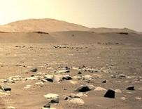 NASA'nın Mars'a indirdiği mini helikopterden ilk fotoğraf geldi