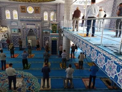 İBB Bilim Kurulu'nun derdi Ramazan oldu: Teravih Namazı'na değil, Ramazan'a bak!