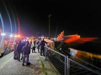 Kamyonet Stadyumun Duvarında Asılı Kaldı
