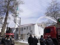 Tekirdağ'da Cami Yangını Kamerada Açıklaması Çatı Alev Alev Yandı