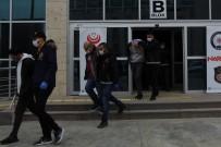 Adliyeye Sevk Edilen 20 Uyuşturucu Tacirinden 2'Si Kadın 9 Kişi Tutuklandı