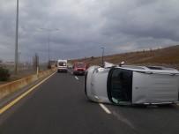 Ağrı'da Elektrik Direğine Çarpan Araç Kaza Yaptı Açıklaması 5 Yaralı