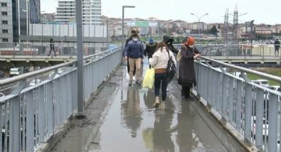 CHP'li Esenyurt Belediyesi'nde durum içler acısı! Vatandaşlar üst geçitten geçebilmek için adeta savaş veriyor!