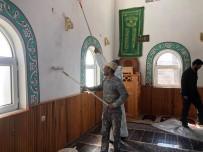 Köy Camii Ramazana Hazır