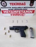 Tekirdağ'da Şüpheli Araçtan Silah Ve Uyuşturucu Çıktı