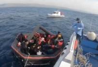 Çanakkale Açıklarında 27 Mülteci Kurtarıldı