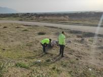 Polisin 'Dur' İhtarına Uymadı Motosikleti Bırakıp Kaçtı