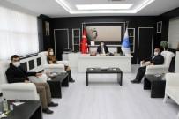 Sağlıkçılardan Rektör Karacoşkun'a Tebrik Ziyareti