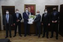 Başkan Kurt, Belediye-İş'in Yeni Yöneticileri İle Bir Araya Geldi