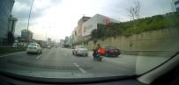 (Özel) Maltepe'de Motosikleti Arıza Yapan Sürücüye Otomobil Sürücüsünden Halatlı Yardım