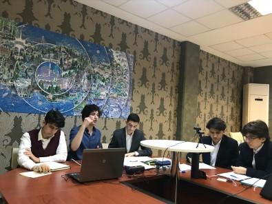 Bakan Selçuk, Uluslararası Arapça Münazaraları'nda 1'İnci Olan Öğrencileri Kutladı