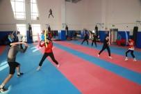 Boks Takımı 13 Sporcusuyla Çalışmalara Başladı