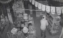 Hırsızlık Şüphelisi Kamerada