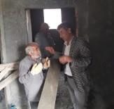 İnşaatta Yaşayan 60 Yaşındaki Vatandaşa Muhtarlar Sahip Çıktı