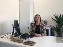 Prof. Dr. Yalçın, 'Gereksiz Kozmetik Uygulamaları Önemli Sorunlara Yol Açıyor'