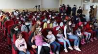 Şanlıurfa'da Görme Engelli Öğrenciler Tiyatro İle Tanıştı