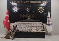 Araziye Gizlenen 61 Kilo Eroini Narkotik Köpekleri Buldu