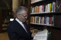 Başkan Büyükkılıç'ın Söz Verdiği 1038 Kitap, Cizre İçin Yola Çıktı