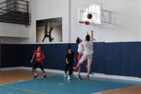 Pandemiye Rağmen Basketboldan Vazgeçmediler