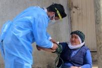 Sağlıkçıların Nisan Ayında Karlı Yollarda 'Aşı' Mesaisi