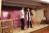 Şemdinli'de 'Dikkat Aile Var' Oyunu Sahnelendi