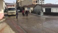 Türkiye'nin En Çok Kar Yağışı Alan İlçelerinden Karlıova'da Bahar Temizliği