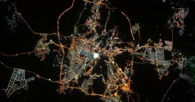 Uzaydan 'Kabe' fotoğrafıyla Ramazan Bayramı tebriği