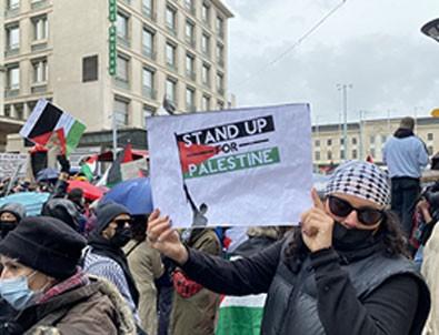 İsviçre'de Siyonist İsrail'in Mescid-i Aksa'ya ve Filistinlilere yönelik saldırıları protesto edildi!