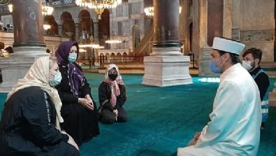 Yevheniya Babenko Ayasofya'dan etkilendi Müslüman oldu