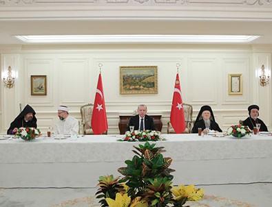 Başkan Erdoğan azınlık cemaat temsilcileri ile iftarda buluştu!