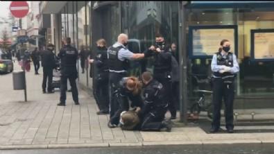Almanya'da Türk vatandaşına polis şiddeti: Biber gazı sıkıp parmağını kırdılar