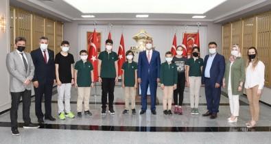 Adiyaman Doga Koleji'nin Yedi Ögrencisi Dünya Birincisi